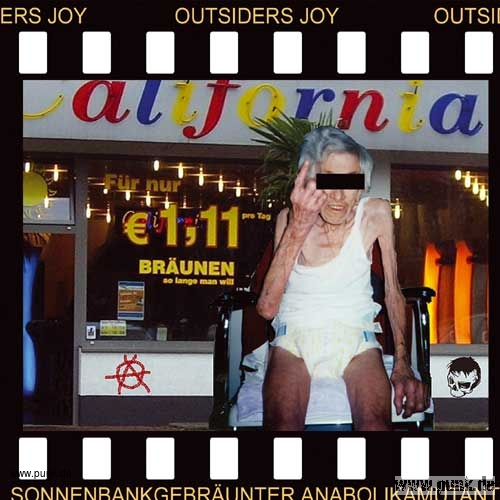 Outsiders Joy: Sonnenbankgebräunter Anabolikamutant-CD
